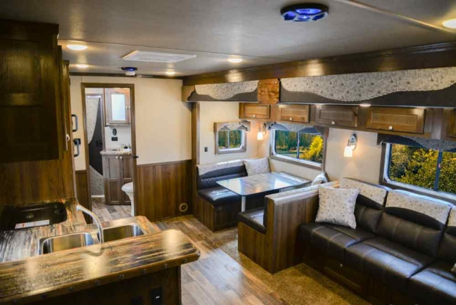 Dinette in a Laramie SL8X18SBBSRB Horse Trailer | SMC Trailers
