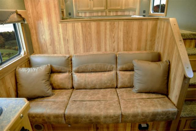 Sofa in SL8X916SR Livestock   SMC Trailers