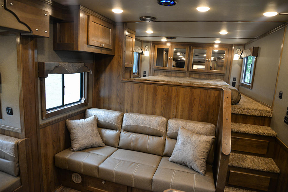 Living area in Laramie Livestock SLE8X1413SSR (With Bunks) | SMC Trailers