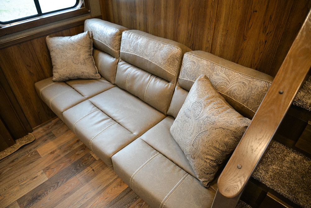 Sofa in Laramie Livestock SLE8X1413SSR (With Bunks) | SMC Trailers