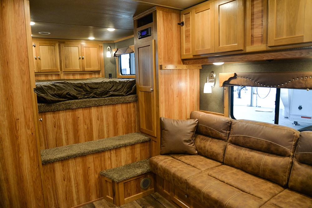 Living space in Laramie Livestock SLE8X15DSRK | SMC Trailers