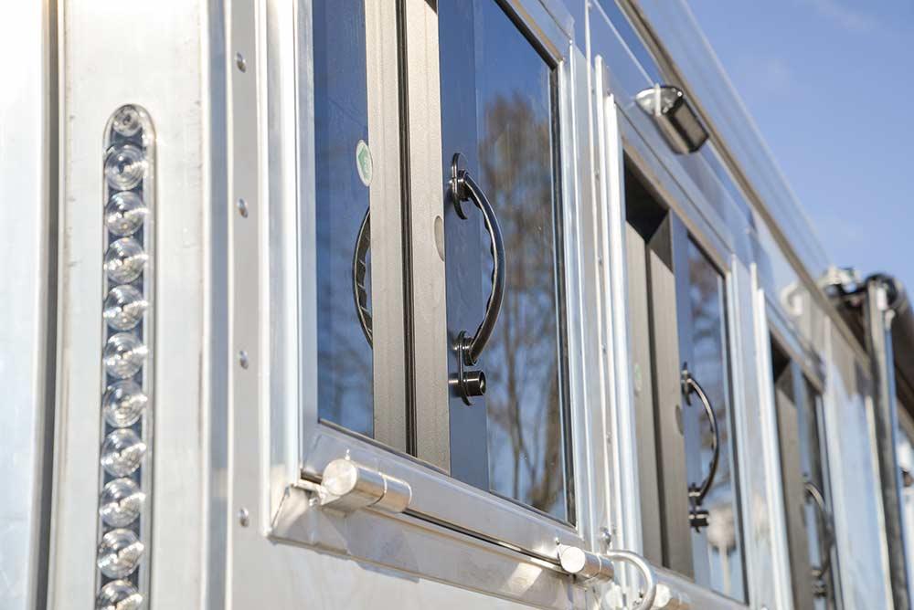 Drop Down Windows on an SMC Horse Trailer
