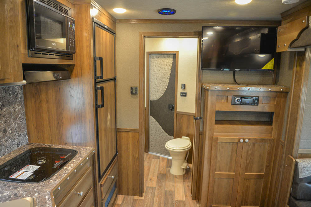 Living Quarters in SL8X13SSR Laramie Edition Horse Trailer | SMC Trailers