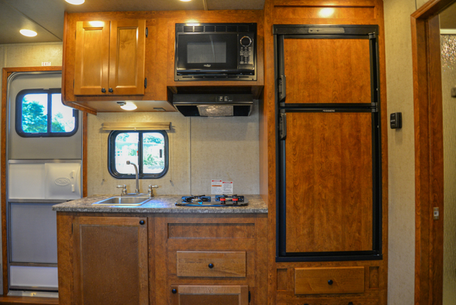 Kitchen in Patriot SP8X13SSR | SMC Trailers