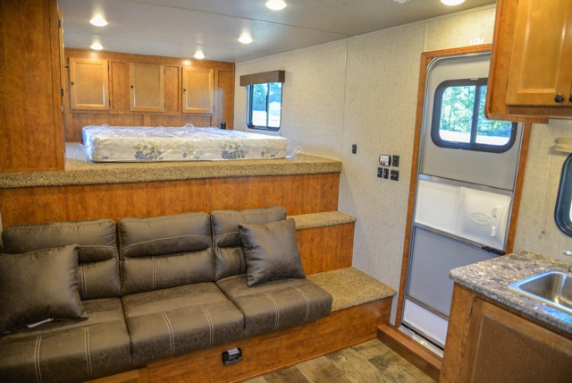 Living space in Patriot SP8X13SSR | SMC Trailers