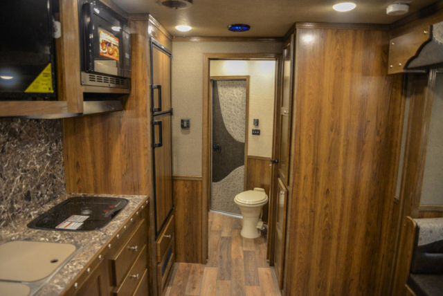 Living Area in Laramie Livestock SLE8X14SSR | SMC Trailers