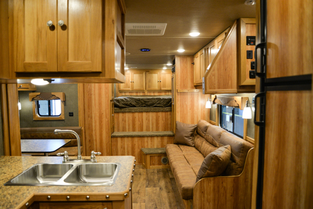 Living space in Laramie Livestock SLE8X15DSRK | SMC Trailers