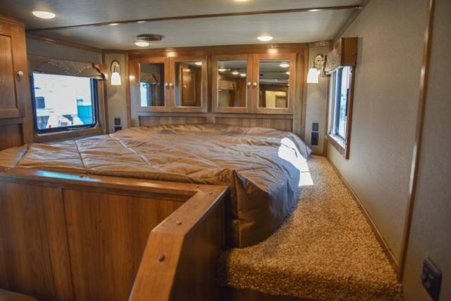 Bed Area in a SL8X14SSR | SMC Trailers